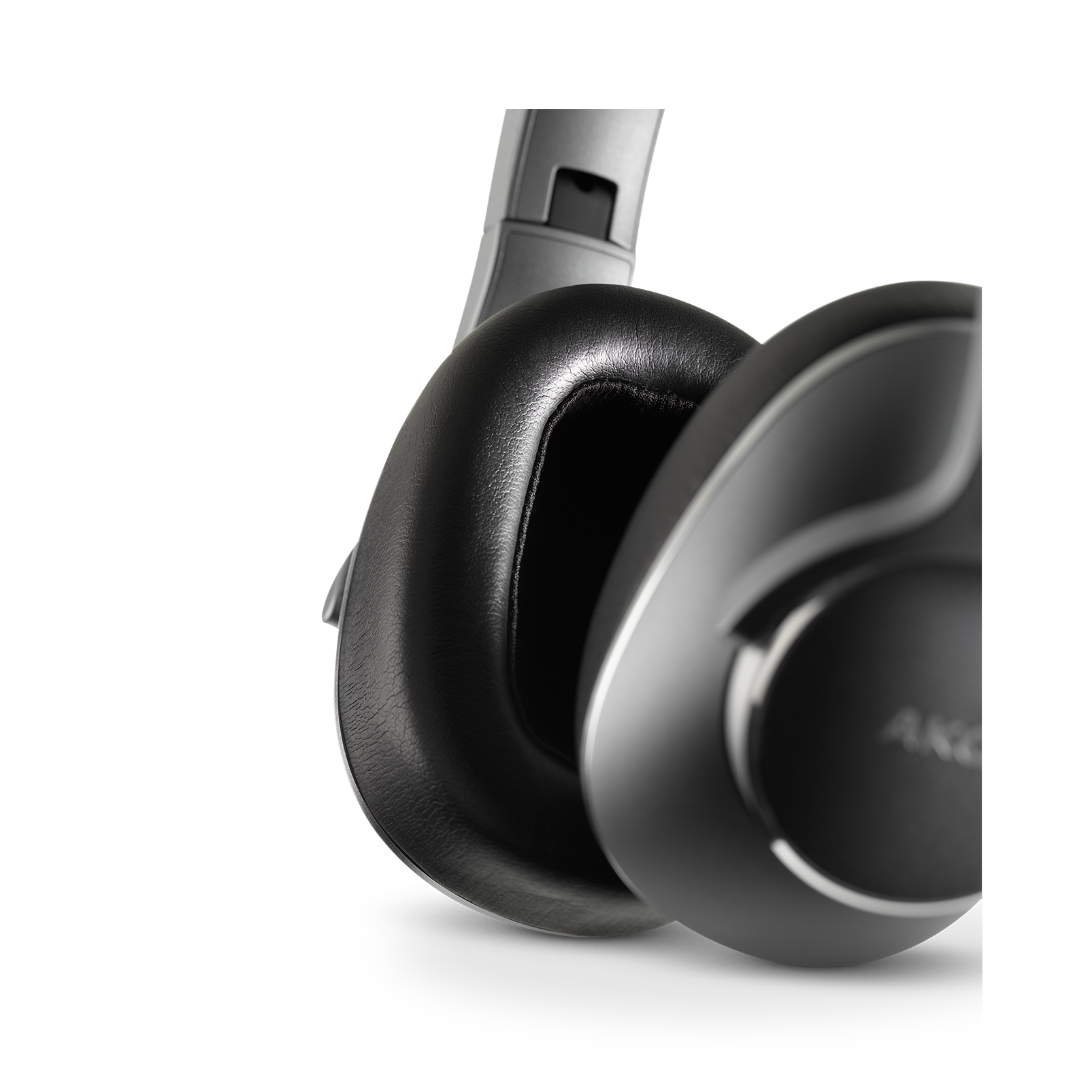 AKG N700NC Wireless - Silver - Wireless, Adaptive Noise Cancelling Headphones - Detailshot 3